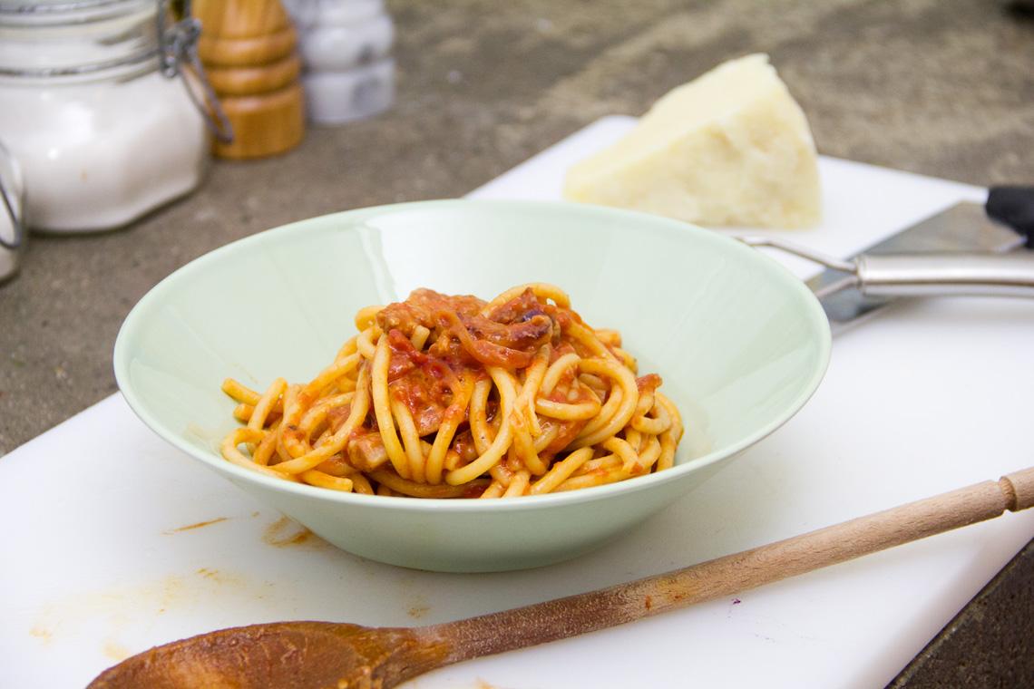 bucatini-amatriciana-ricetta-07