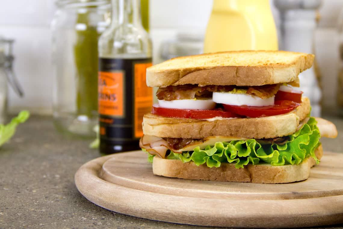 club-sandwich-ricetta-04
