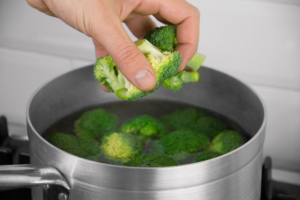 riso-wok-gamberi-broccoli-02