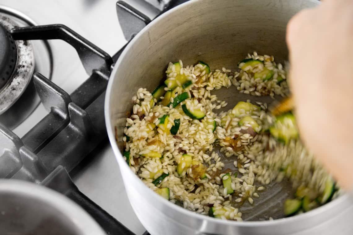 simone-marchetti-risotto-zucchine-gamberi-10