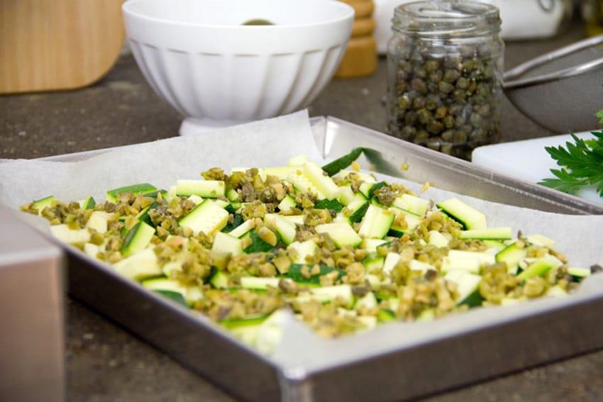spaghetti-zucchine-olive-capperi-05