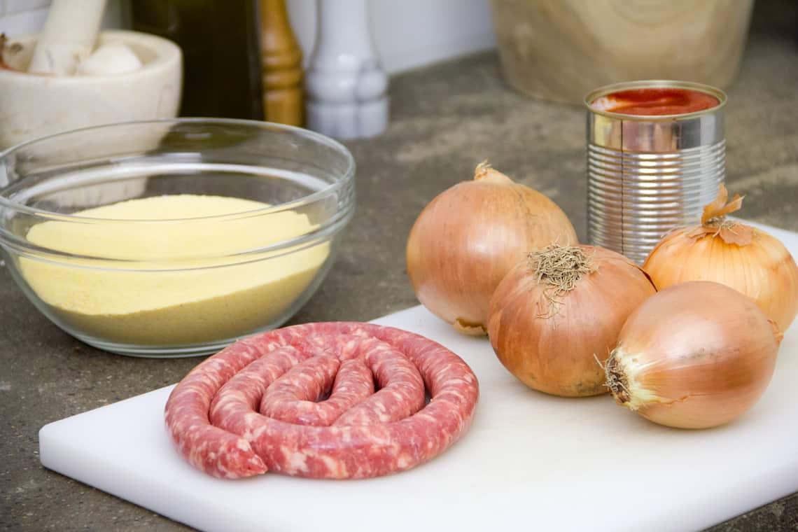 Ricetta Polenta con salsiccia