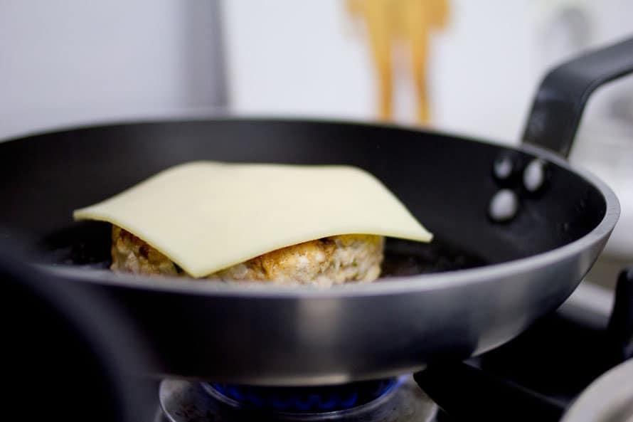 burger-di-pollo-alla-paprika-08