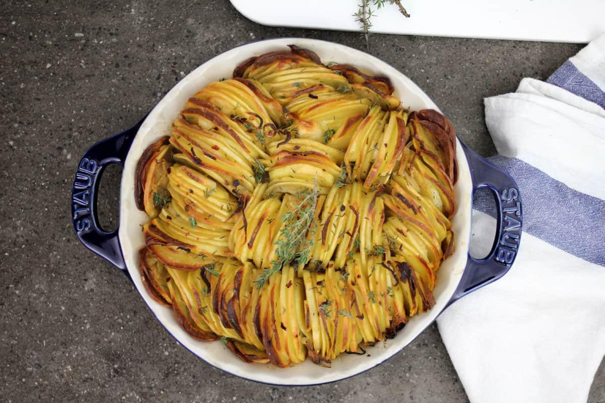 Teglia di patate al forno croccanti - Modi per cucinare patate ...