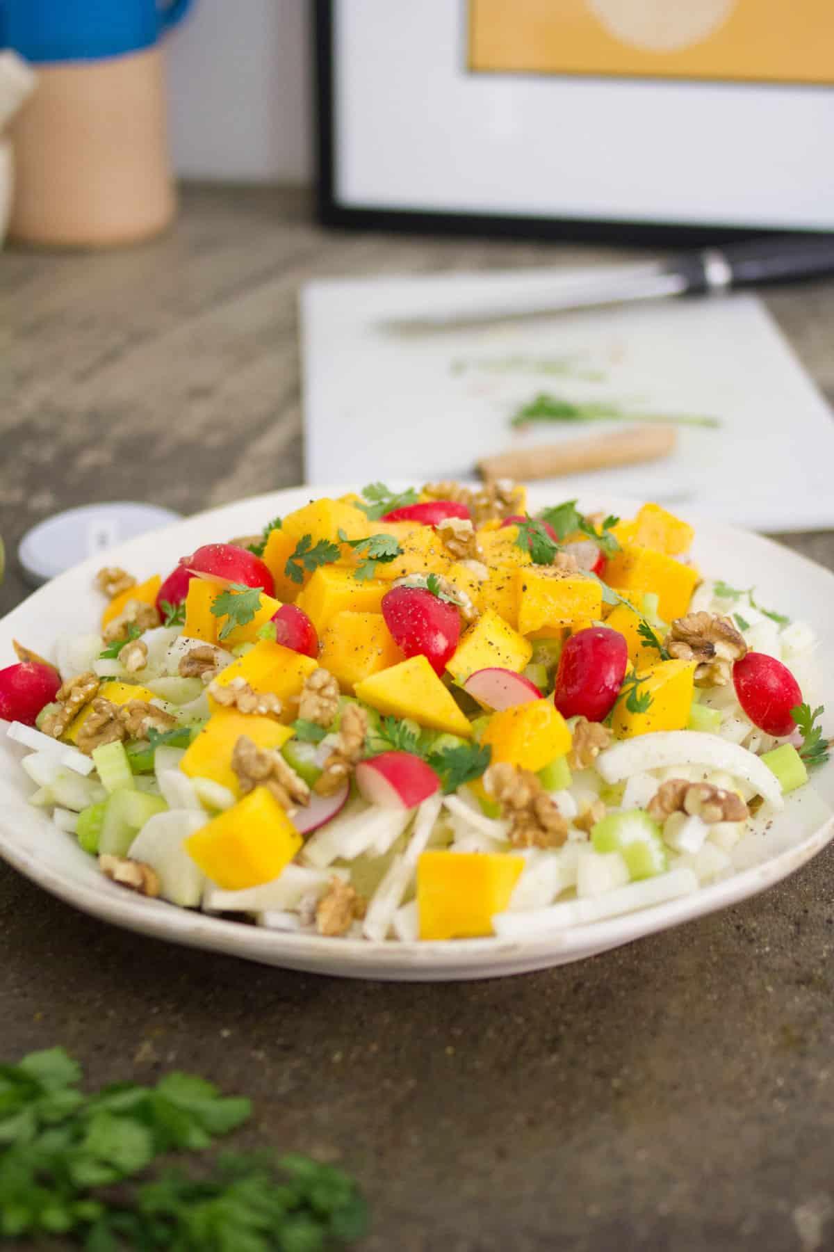 insalata-finocchi-mango-noci-05