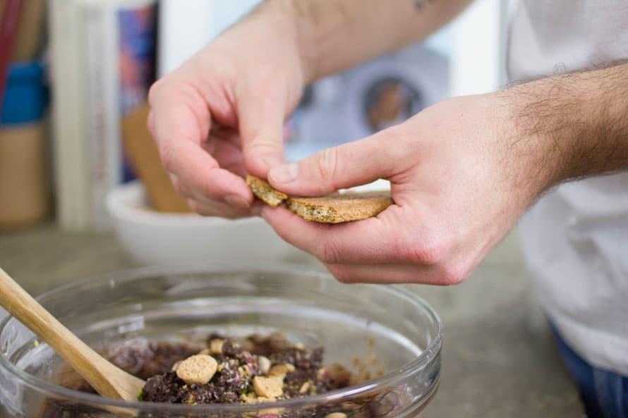 mattoncino-cioccolato-cocco-pistacchi-06