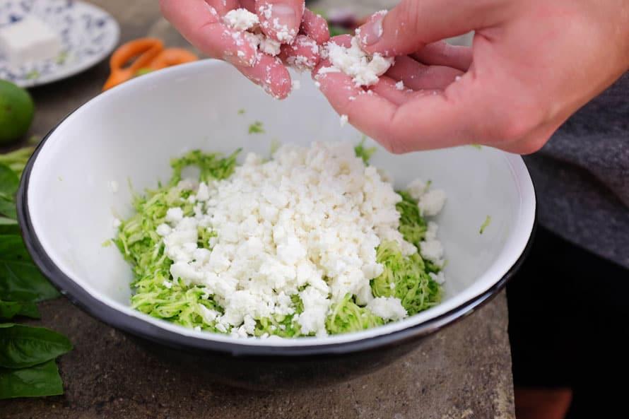 polpette-vegetariane-zucchine-feta-04