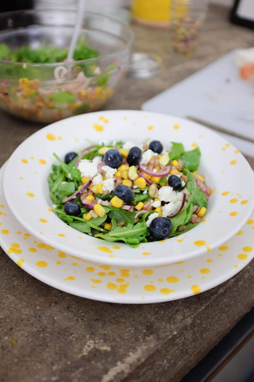 insalata-farro-mais-mirtilli-03