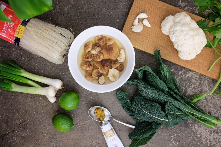 noodles-curry-cavolo-nero-01
