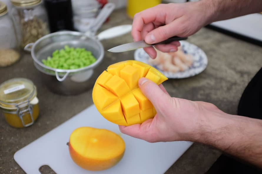 bowl-gamberi-riso-edamame-mango-03