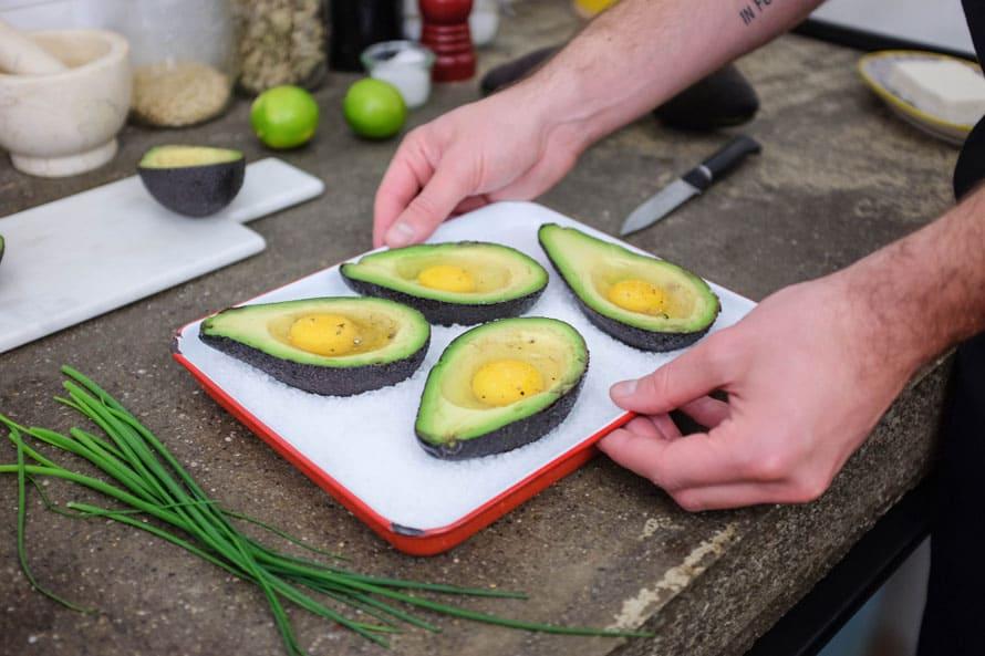 avocado-ripeno-al-forno-uova-07