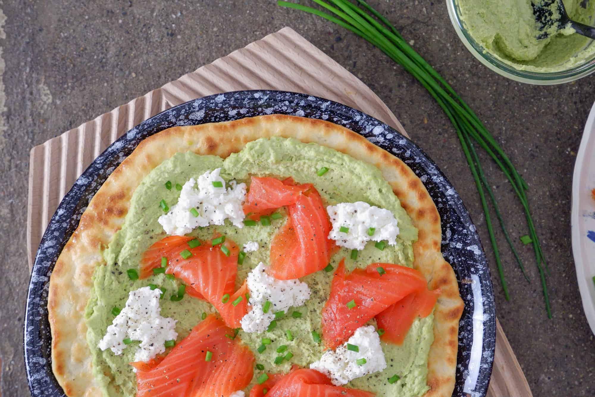 galette-proteica-con-crema-di-edamame-e-salmone-01
